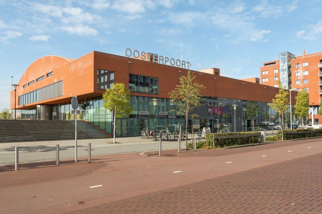 gebouw Oosterpoort in Zoetermeer wijk Oosterheem