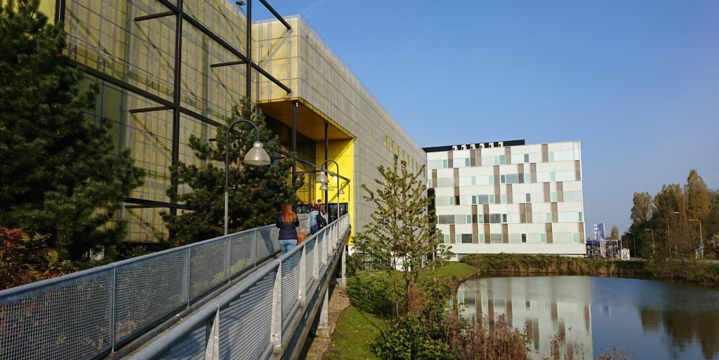 gebouw DIF in Dutch Innovation Park Zoetermeer