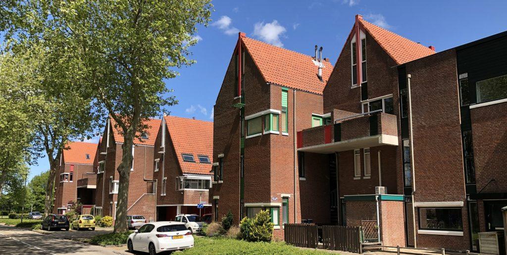 dorpse uitstraling woningen an Het Scheveningse Dorp in Zoetereer