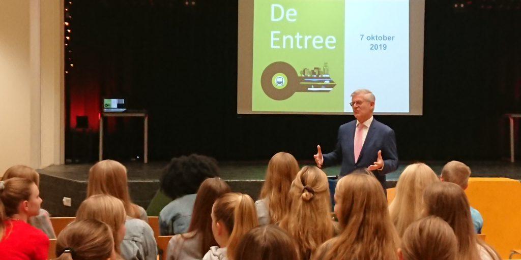 opening project Gezond leven in De Entree door burgemeester Aptroot