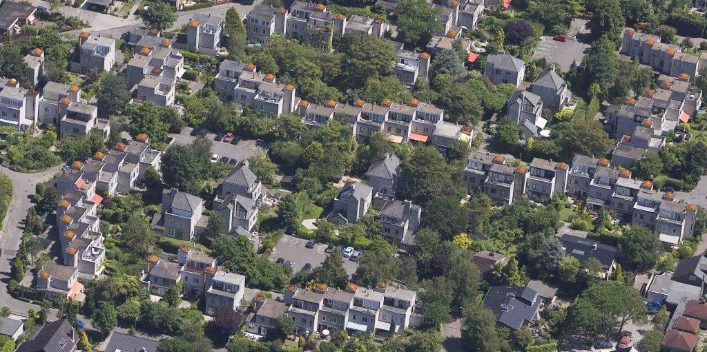 luchtopname koepelwoningen Zoetermeer