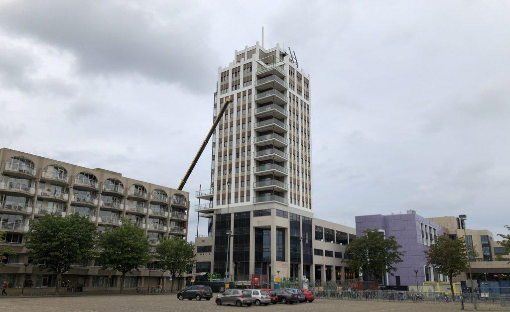 stadhuistoren transformatie naar woningen oetermeer