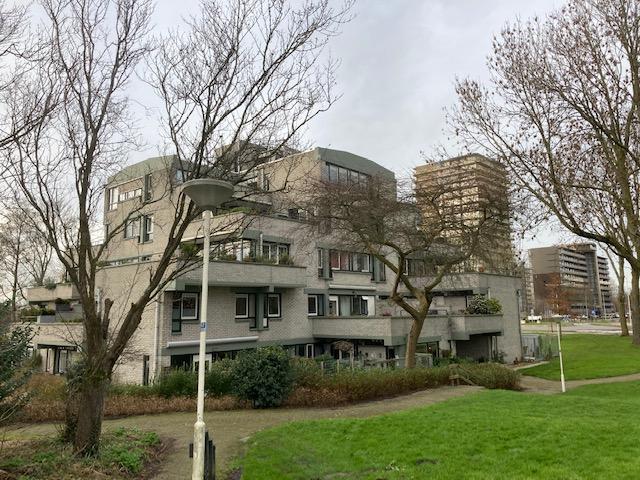 appartementen in structuralistische bouwstijl in zoetermeer