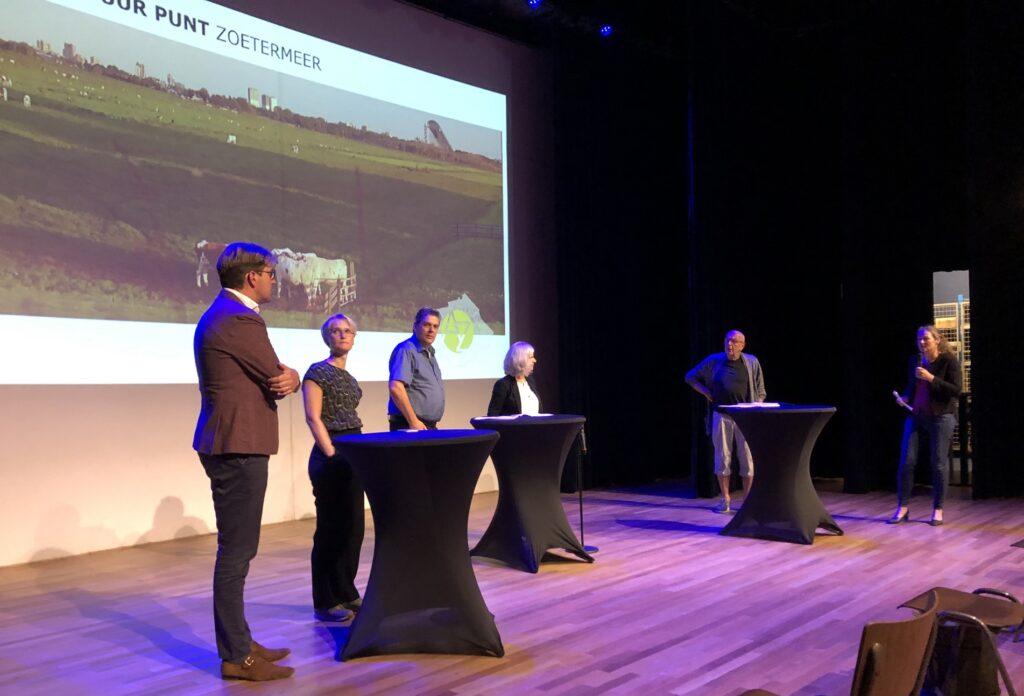 panel gesprek over eenzaamheid en maatschappelijke opgaven voor architecten
